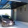 福津市 玄関前の屋根付き駐車場