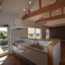 勾配天井のキッチンスペース