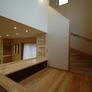 階段の踊り場を使ったフリースペース・スタディースペース