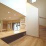 階段踊り場にある書斎コーナーetc 福岡市城南区注文住宅