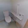 福岡・糸島市・注文住宅・介護スペースのあるトイレ・カウンターキャビネット