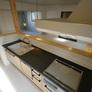 福岡注文住宅・ブラックカラーの人造大理石キッチン